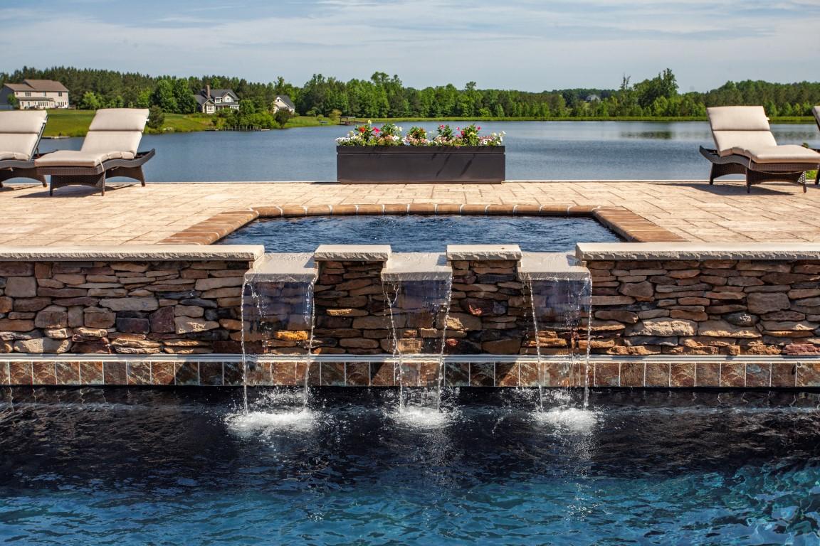 Leisure Pools Pinnacle 40 Ebony Blue with Tanning Ledge 2019 0522 4