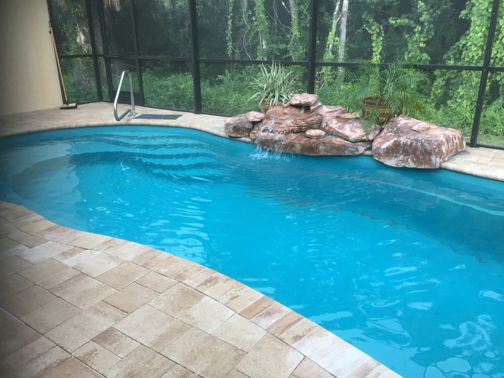 Leisure Pools Riviera Crystal Blue 2019 0720 m2