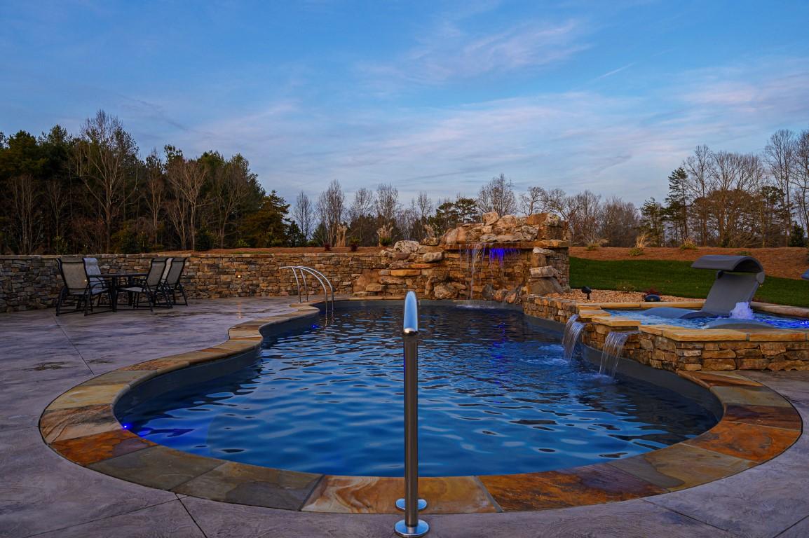 Leisure Pools Mediterranean Sapphire Blue 2020 0114 m1
