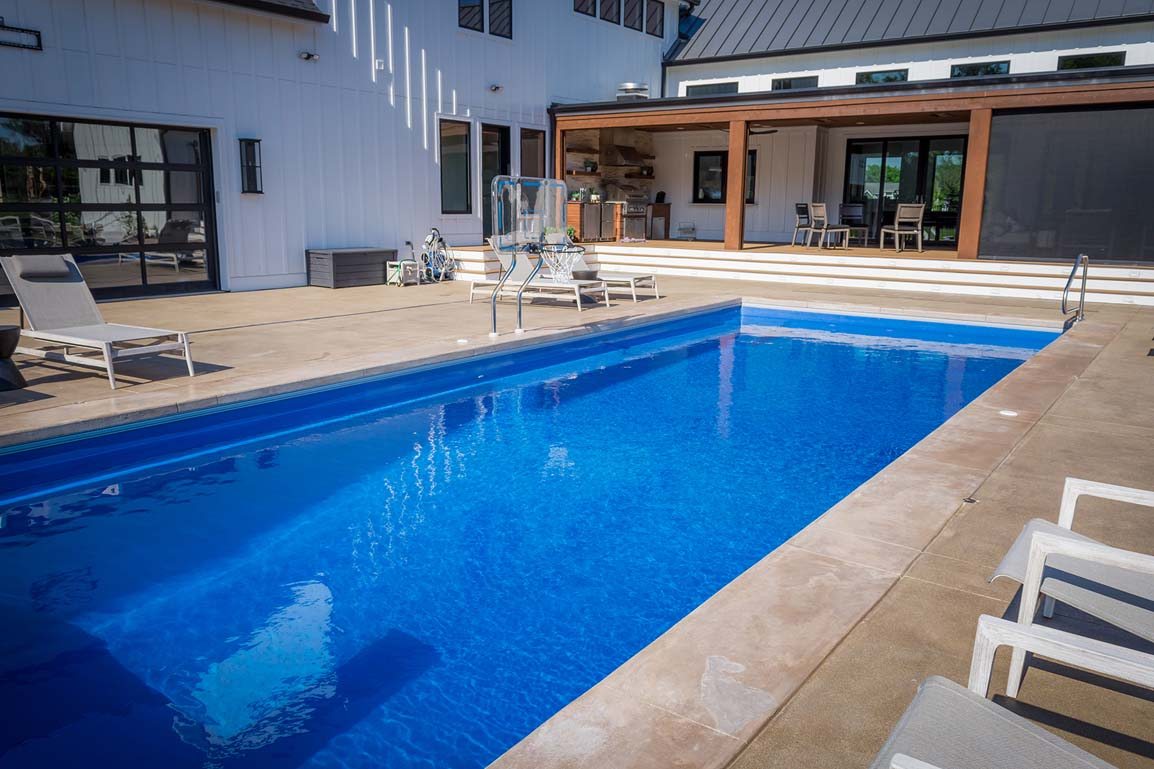 Leisure Pools Infinity 40 Sapphire Blue 2020 0326 2 IN 1