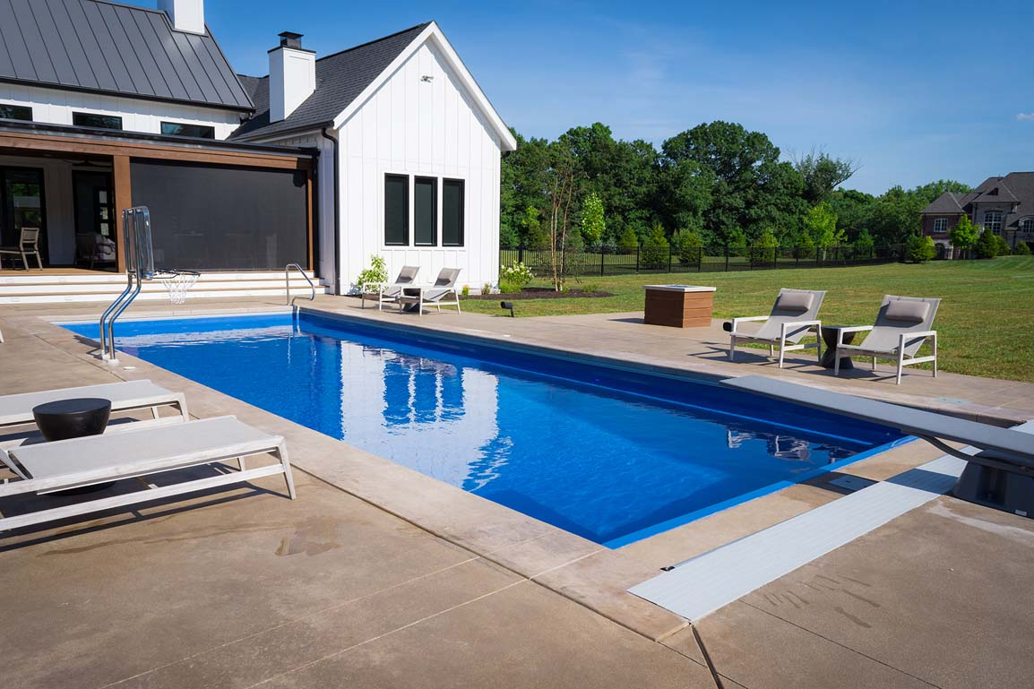 Leisure Pools Infinity 40 Sapphire Blue 2020 0326 3 IN 1